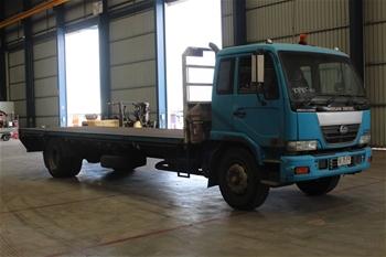 2003 UD PK 265 4 x 2 Tray Body Truck