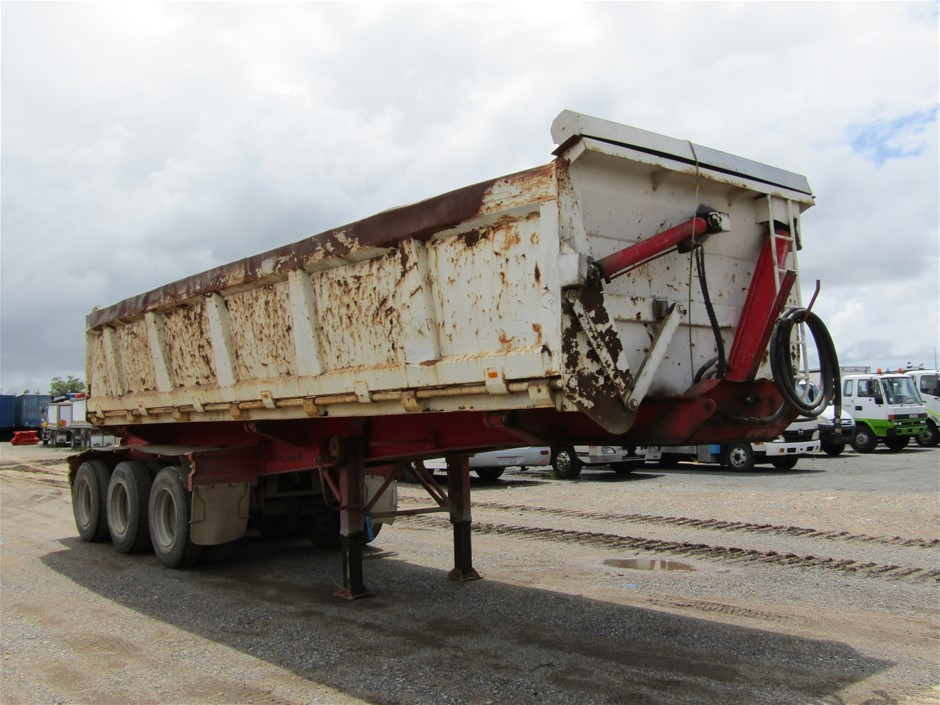 2013 Liberty Freightmore ST3 Road Train Triaxle Side Tipper Trailer