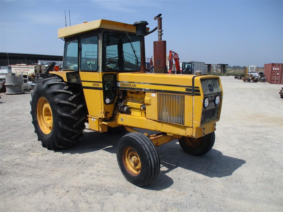 Chamberlain 4080B Tractor