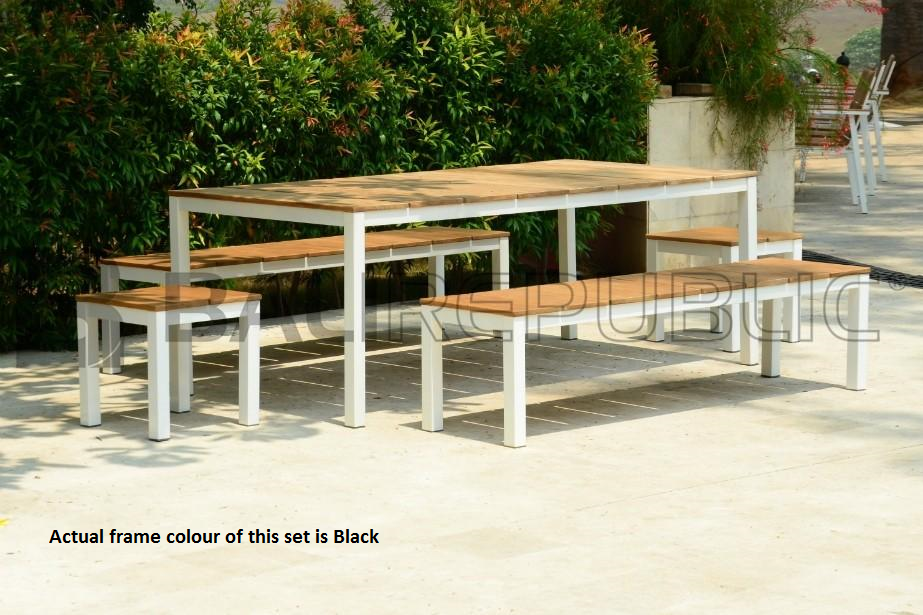1 x UBUD 5 Piece Outdoor Dining Setting in Black Powder-coat with Cushions
