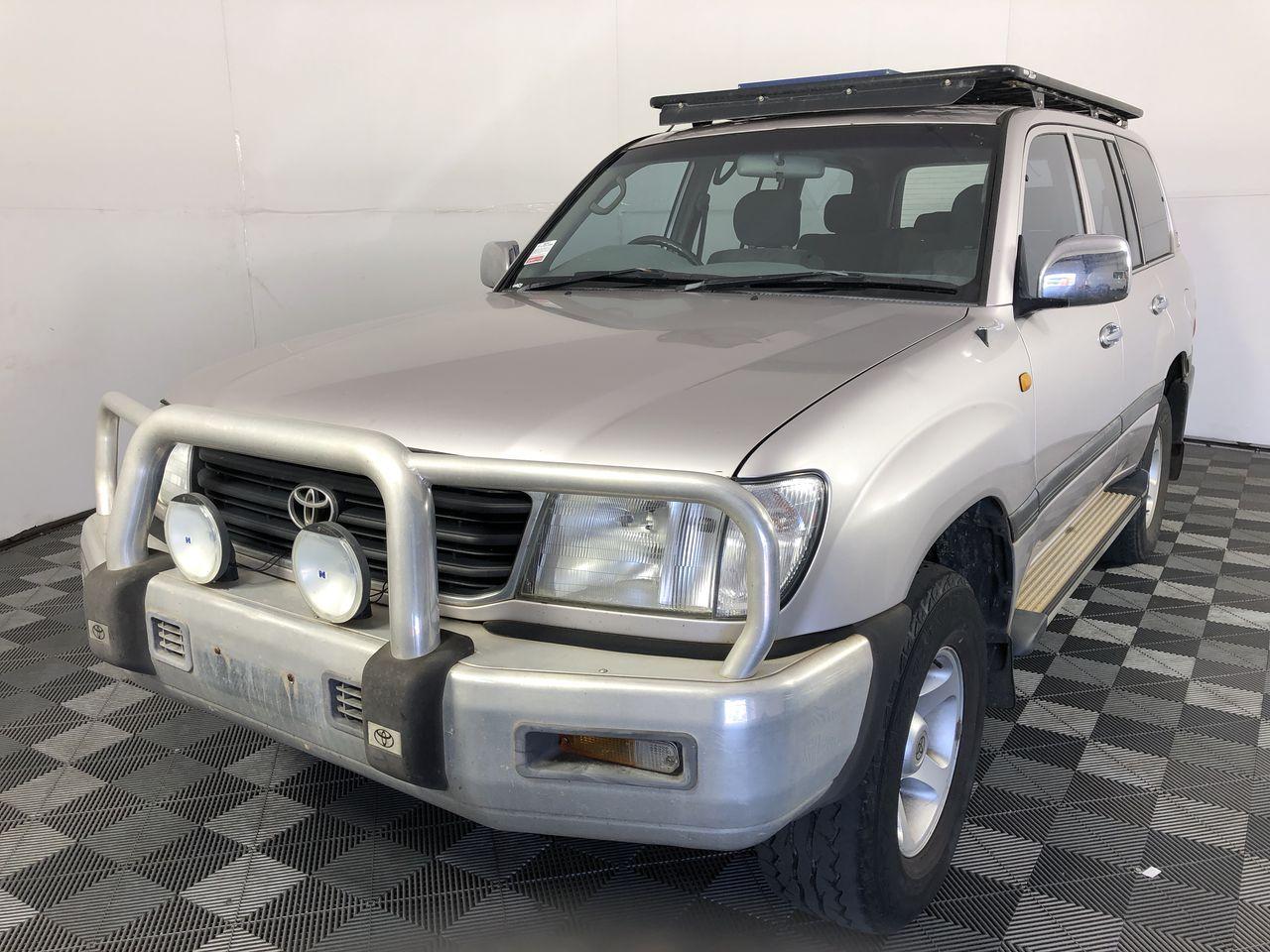 1999 Toyota Landcruiser RV 4WD FZJ105R Automatic 7 Seater