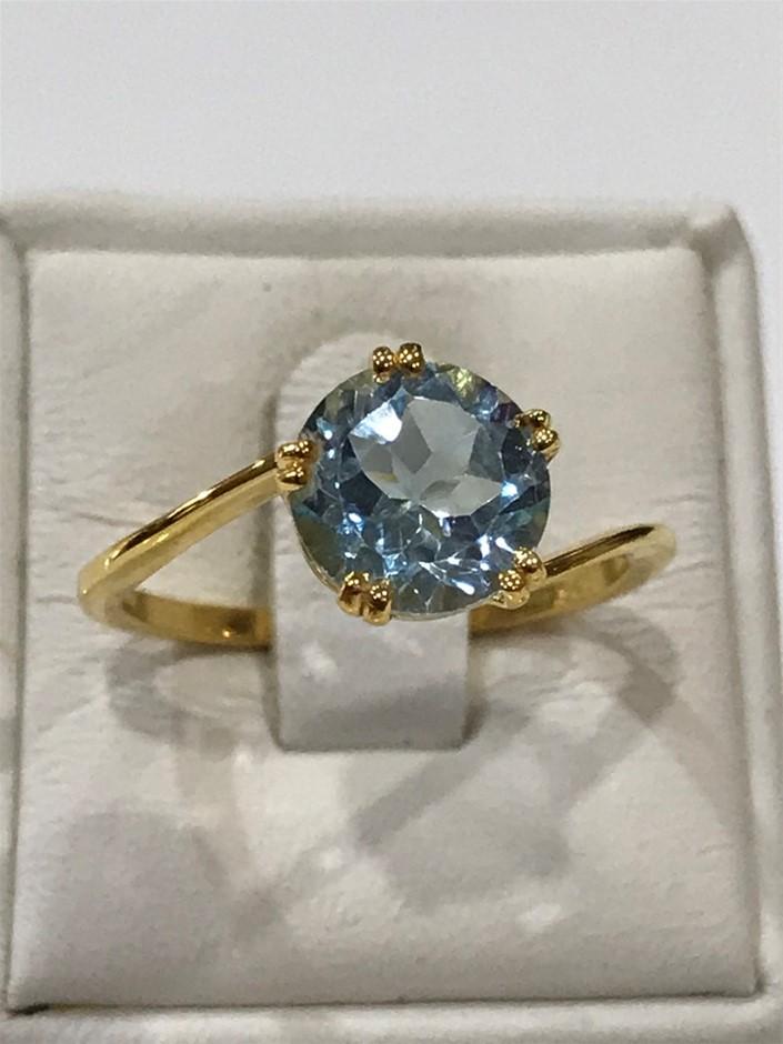 Brilliant 2.00ct Blue topaz & 18K Gold Vermeil Ring. Size N 1/2 (7)
