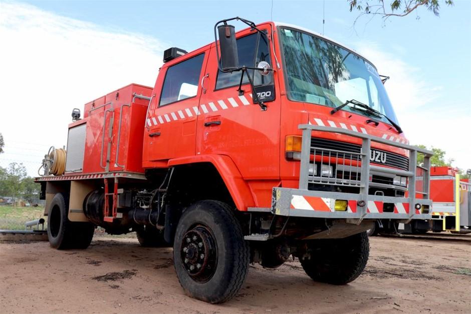 Isuzu 4X4 Crew Cab Fire Truck