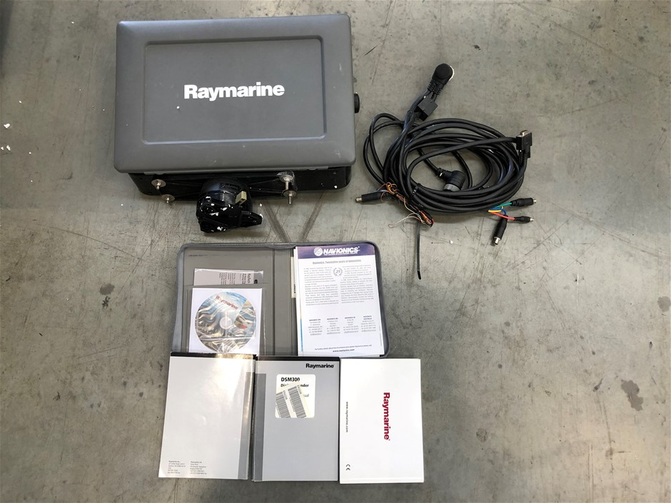 Raymarine E140W 14'' Touchscreen Multi Function Display + Power Cable