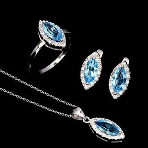 Gorgeous Genuine Swiss Blue Topaz Ring E