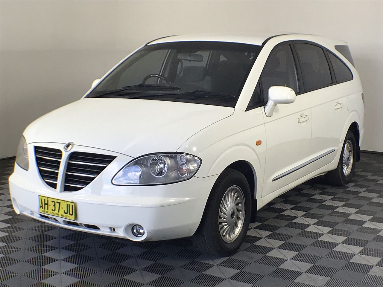 2005 SSANGYONG STAVIC Automatic 7 Seats SUV