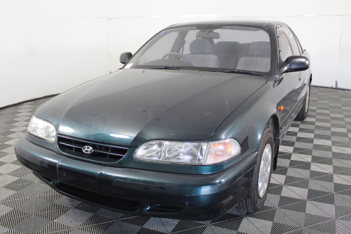 1994 Hyundai Sonata GLE 4 Cylinder Automatic 67,235km (service history)