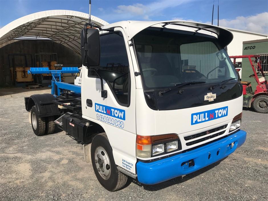 1996 Isuzu NPR200 4x2 V8 Diesel Tow Truck