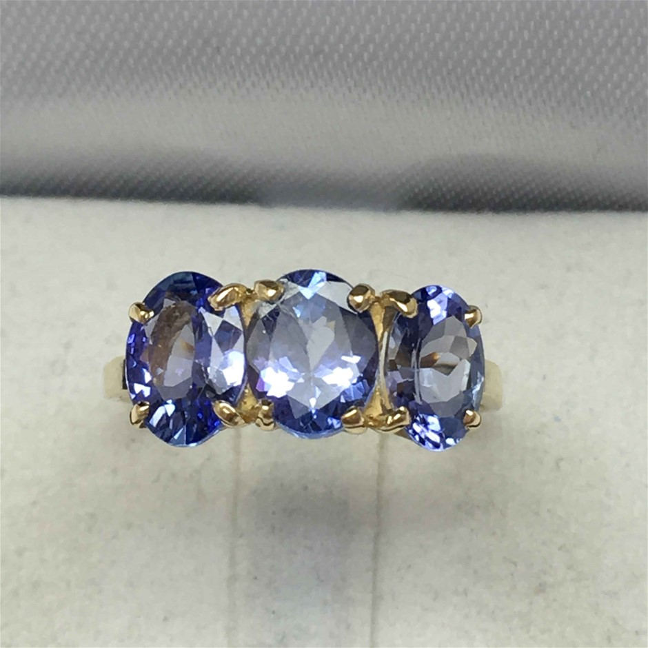 18ct Yellow Gold, 3.30ct Tanzanite Ring