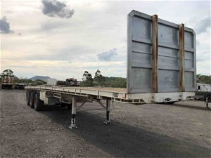 Haulmark Tri Axle Flat Top Trailer