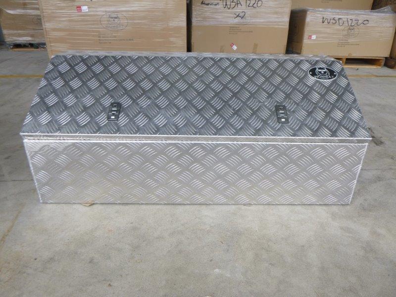 Wombat WAD 1220 Aluminium Checkered Plate Toolbox (Bid Price Per Toolbox)