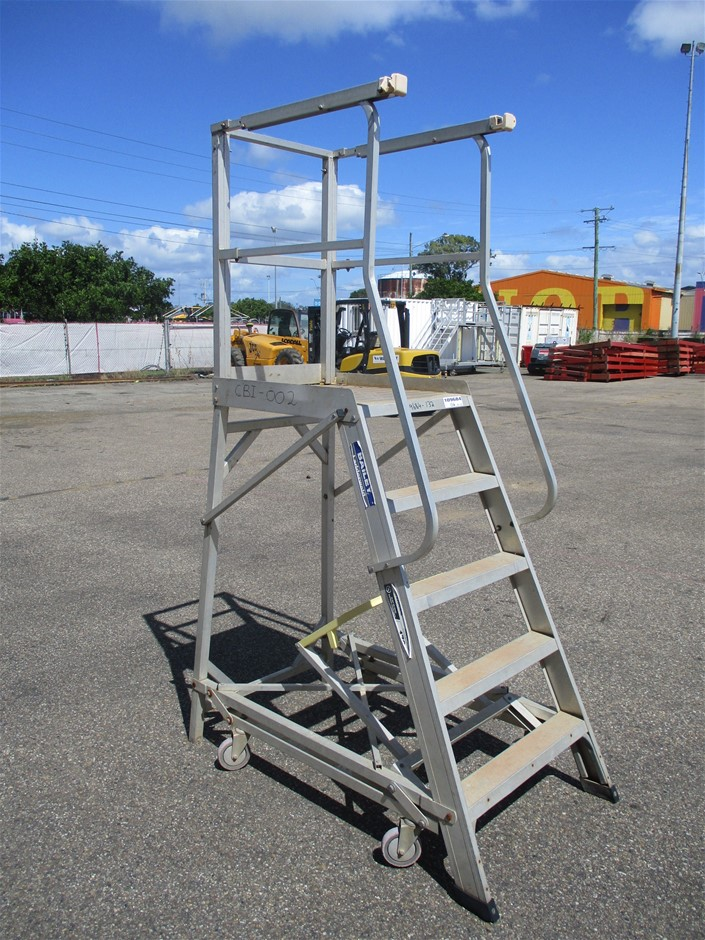 Bailey 170kg Platform Ladder