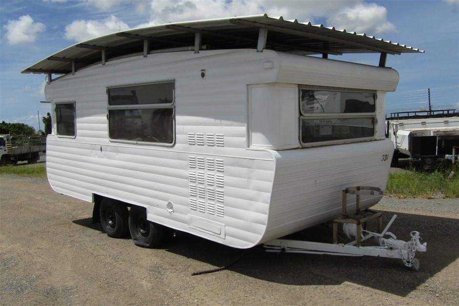 Tandem Caravan