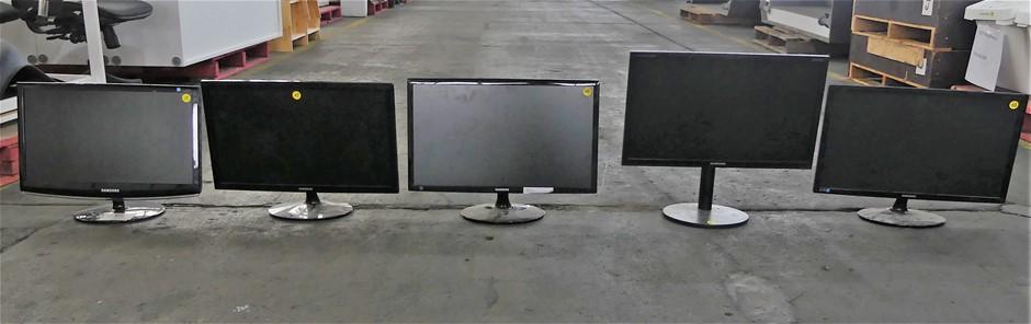 """5 X Samsung 22"""" And 24"""" Monitors"""