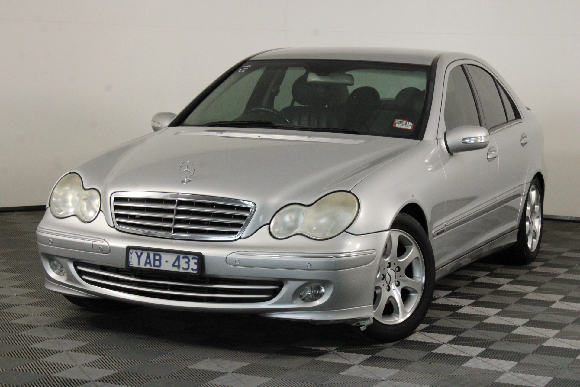 2004 Mercedes Benz C200 Kompressor Elegance W203 Automatic Sedan