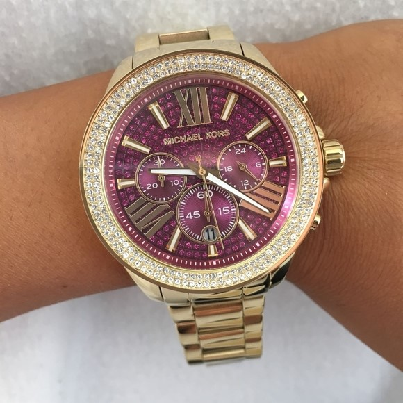 New hael Kors 'Wren' Fuschia gemstone stunning watch.