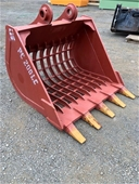 Unreserved Unused Excavator & Skid Steer Attachments