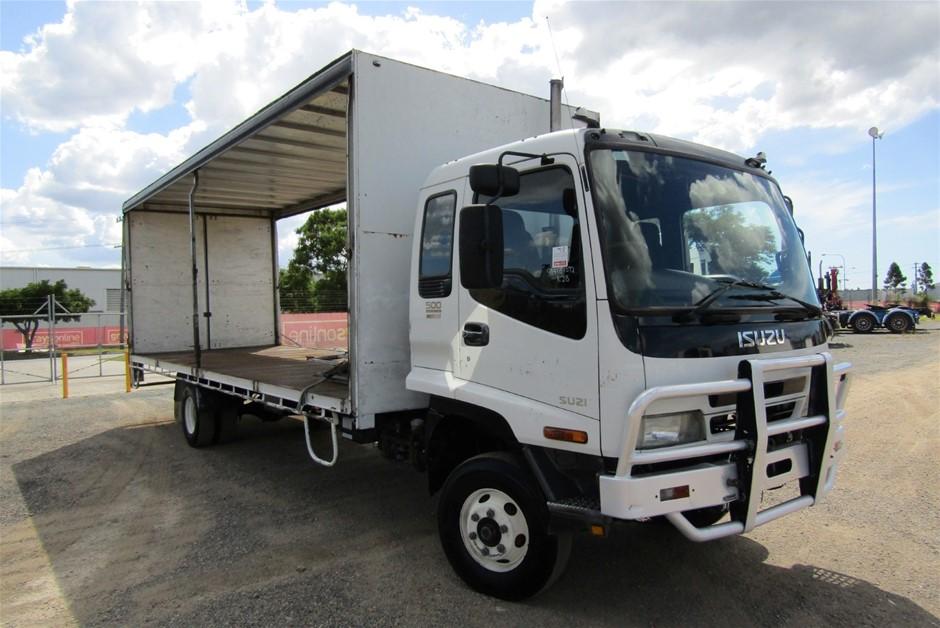 2004 Isuzu FRR500 Turbo Diesel Curtainsider Rigid Truck (Ex Fleet)