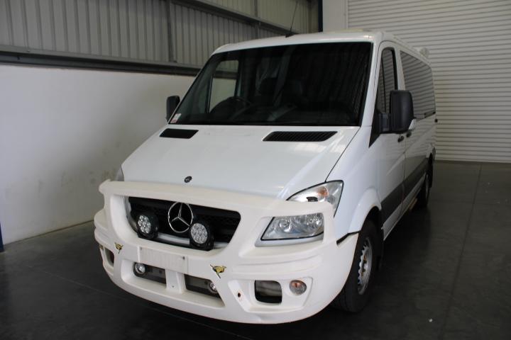 2010 Mercedes-Benz Sprinter 319 CDI MWB Auto Ambulance Van