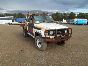 2000 toyota landcruiser hzj79r 3 seater ute body type ute auction 0008 5041717 graysonline australia graysonline