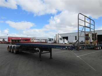 Tri Axle Skeletal Trailers