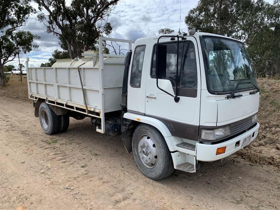 1992 Hino FF2H Service C/Cab 4 x 2 Tipper Truck & 5000L Water Tank