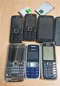 Qty of 6 Mobile Phones (Pooraka, SA)