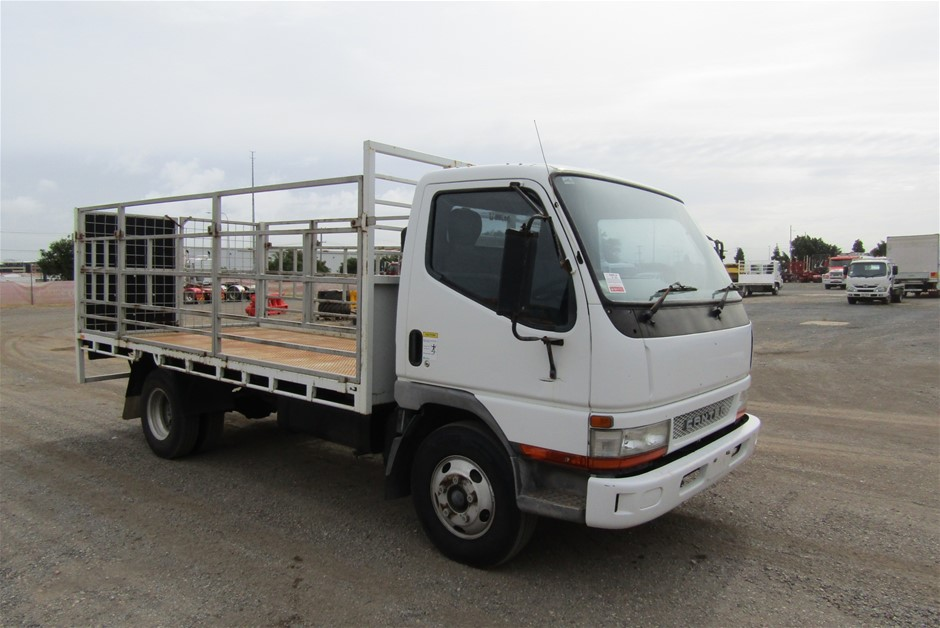 2004 Mitsubishi Canter Tray Body Truck