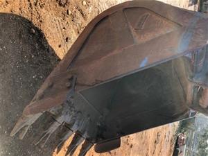 Digging bucket 1250mm wide, 90mm pins, 4