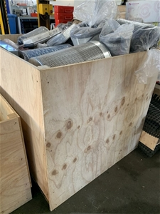 2x Stillage of air filters and cleaners