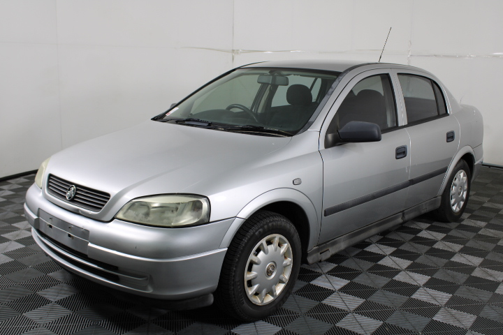 2004 (2005) Holden Astra Classic TS Automatic Sedan 86,026km
