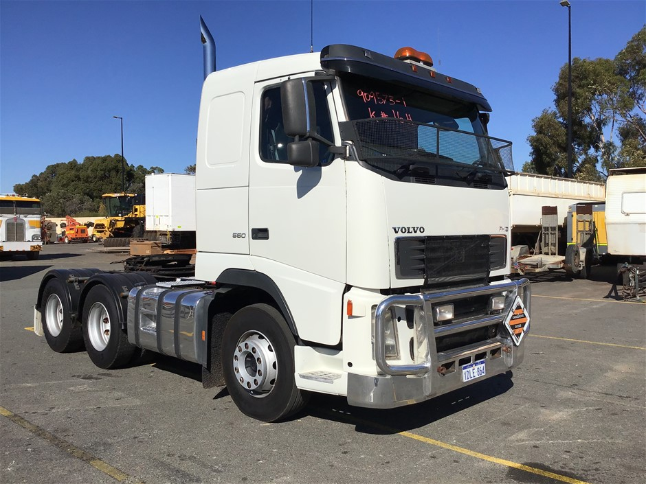 2005 Volvo FH16 550 6x4 Prime Mover Truck - GCM: 70,000 kgs (original kms)