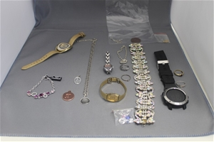 Assorted Costume Jewellery/Watches