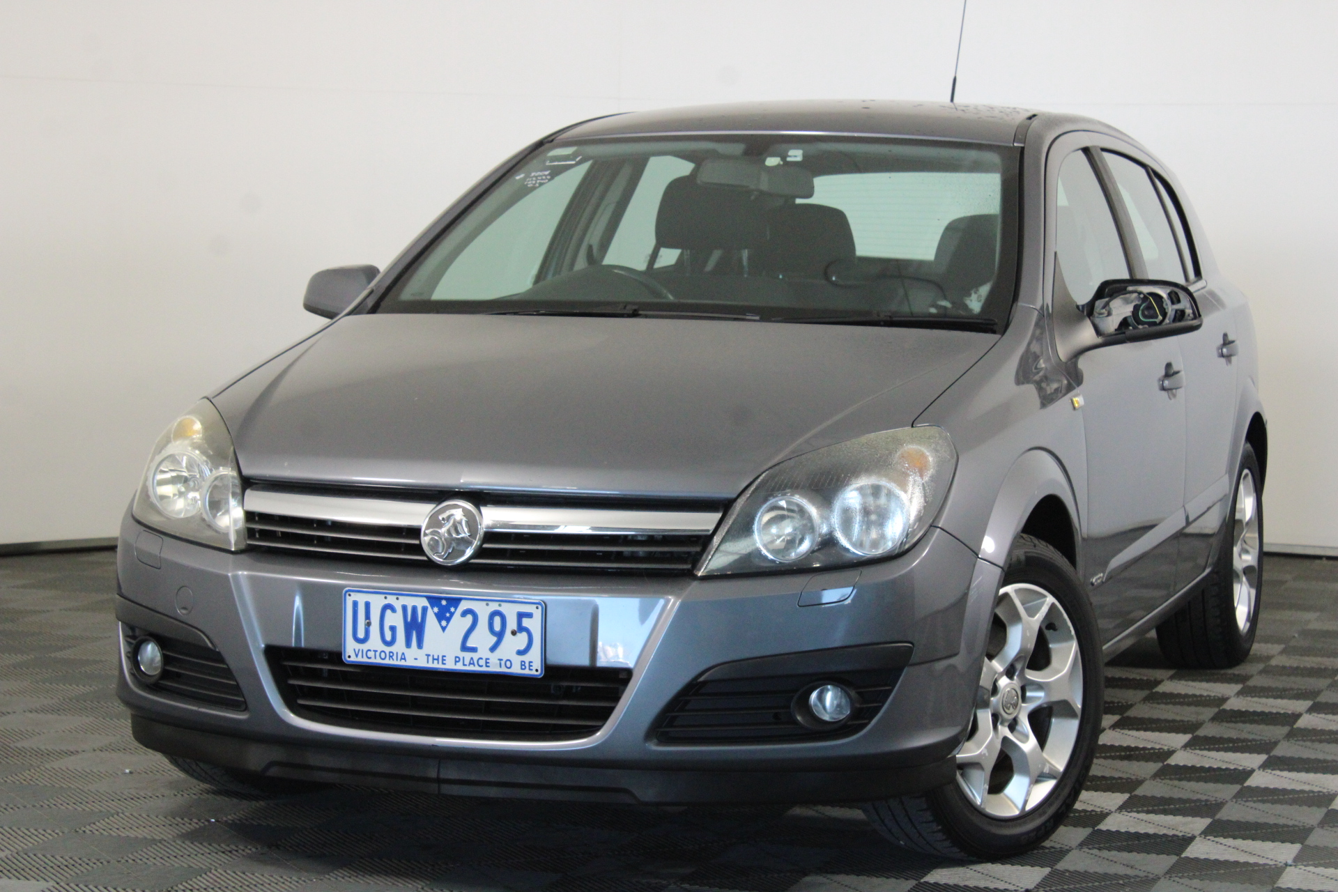 2006 Holden Astra CDX AH Manual Hatchback
