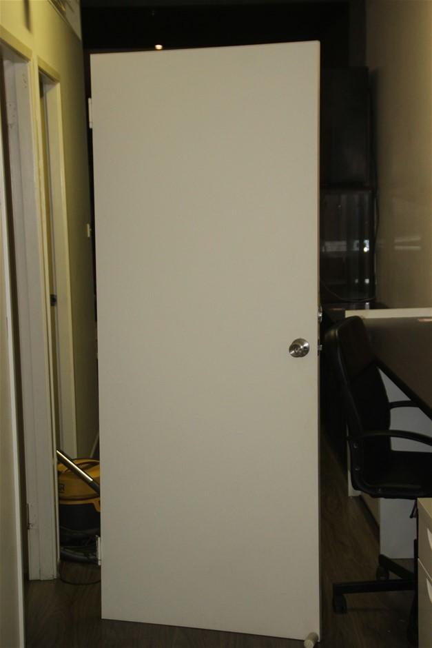 2x Internal Doors with Hard Ware