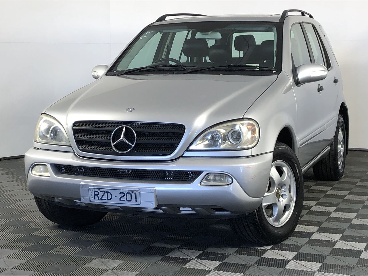 2002 Mercedes Benz ML 320 (4x4) W163 Automatic 7 Seats Wagon