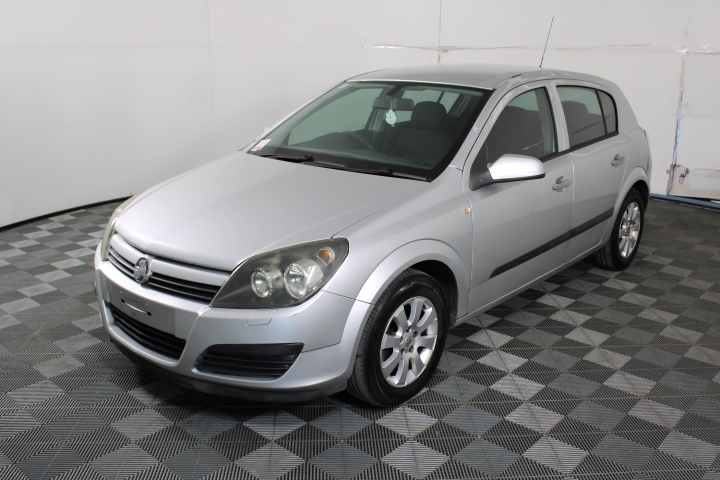 2004 Holden Astra CD AH Automatic Hatchback