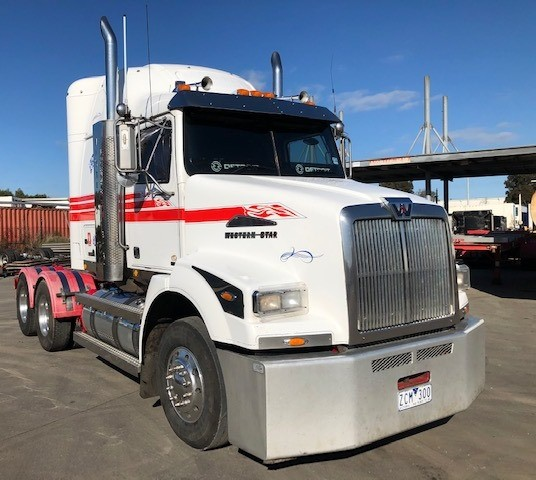 2012 Western Star Constellation 5864 6 x 4 Prime Mover Truck