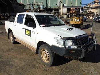 2014 Toyota Hilux SR 4WD Manual - 5 Speed Dual Cab Ute