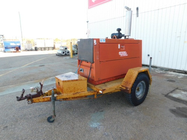 Lincoln Shield-Arc SAM400 Trailer Mounted Welder/Generator