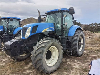 2007 New Holland T7030 Tractor