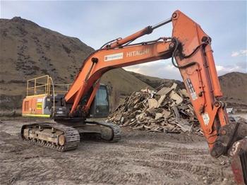 2011 Hitachi ZX330-3B Excavator