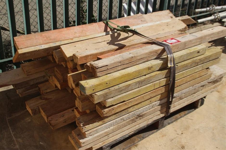 25x Assorted Building Timber Beams
