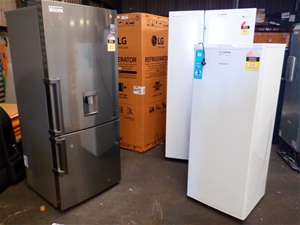 Qty Ex-Rental Faulty Fridges & Freezer