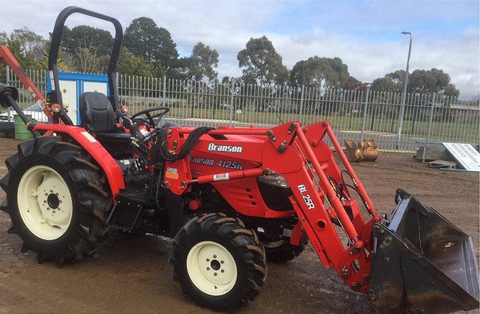 Branson 4125H 4X4 Tractor and listed accessories - 2016 Model