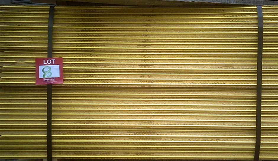 Pack of 30 pieces 1300mm x 800mm Yellow Tongue Flooring Sheets. New