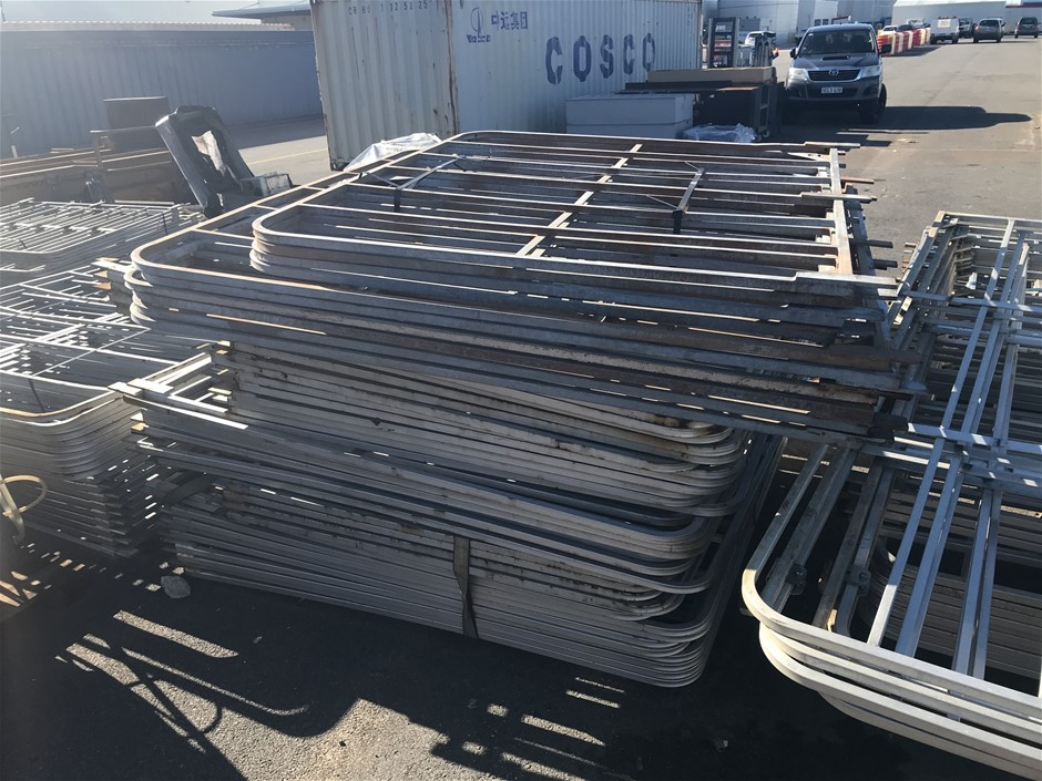 Quantity of Assorted Sized Truck Gates
