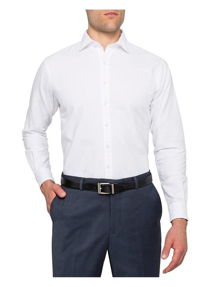 VAN HEUSEN Button Down Collar European Fit Shirt. Size 41, Colour: White. B