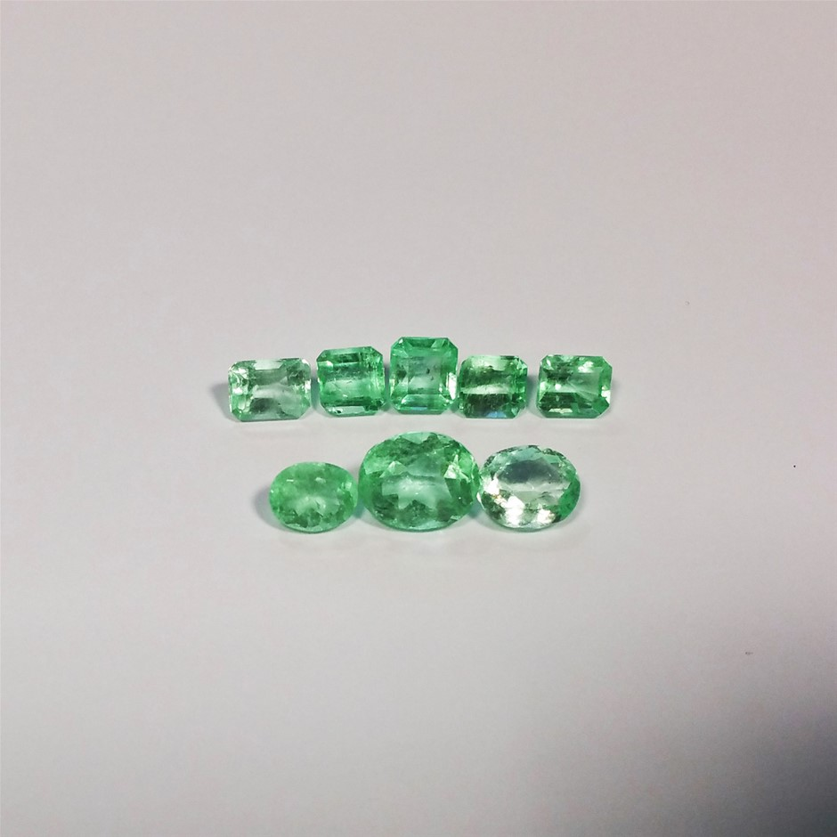 8 Pcs of Colombian Emerald 14.92 cts
