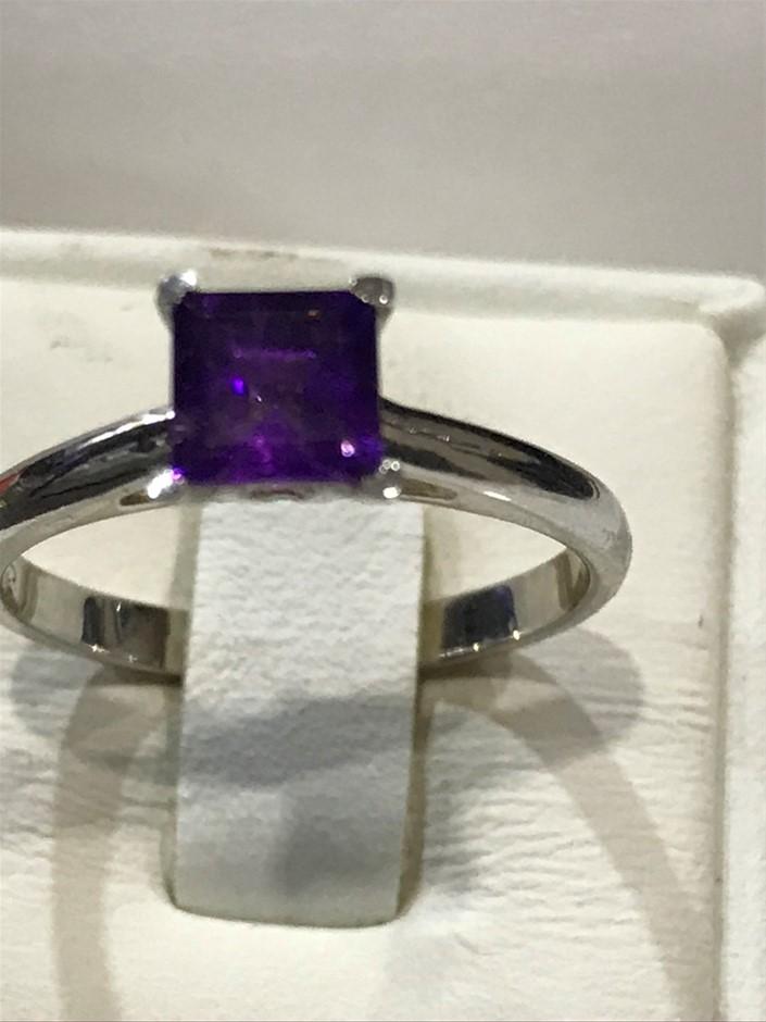 Brilliant 1.25ct Amethyst & 18K White/Gold Vermeil Ring. Size L 1/2 (6)